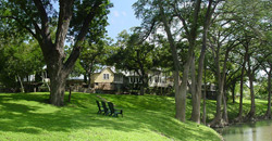 Meyer&amp;nbsp;Bed and Breakfast on Cypress Creek 